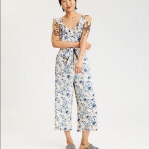 American Eagle floral romper/jumpsuit